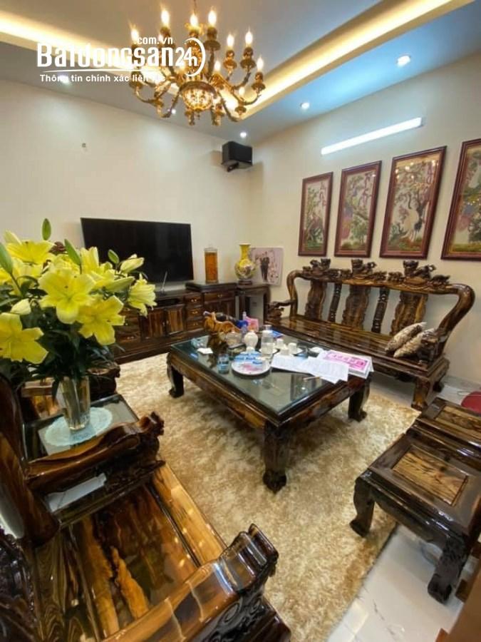 Bán LK Ngô Thì Nhậm, Hà Đông, 65m2x5T, nhà đẹp, gara, ô tô đỗ cửa, giá 9 tỷ.