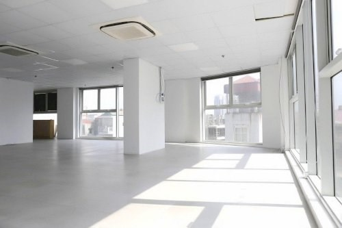 Cho thuê văn phòng 150m2 22 triệu ngay mặt phố Duy Tân