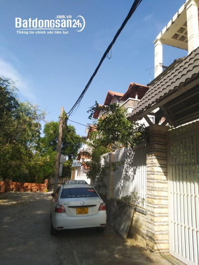 Bán Biệt thự khu Bình Minh P8 Nội thất gỗ cao cấp