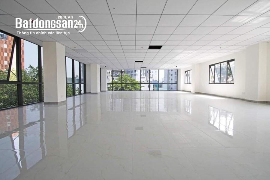 Cho thuê Văn phòng 160m2 đẹp giá rẻ nhất phố Duy Tân - Giá thuê chỉ 28 tr/th