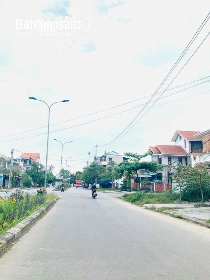 Siêu phẩm đất mặt tiền Nguyễn Văn Đào. Bàu Vá. Đường 29m. Giá 3.3x tỷ