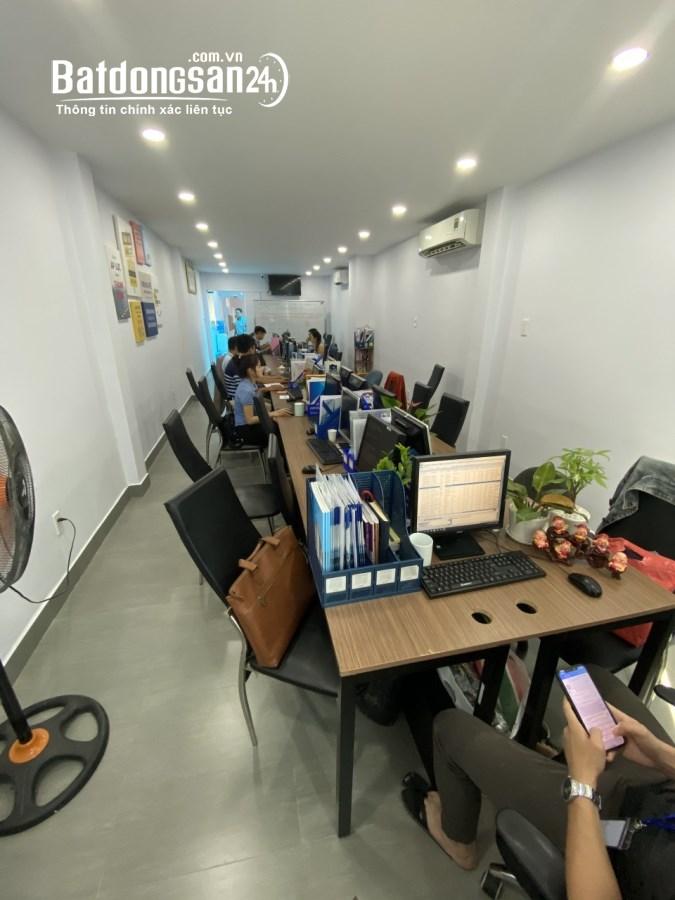 Bán nhà mặt phố Đường Trần Huy Liệu, Phường 8, Quận Phú Nhuận