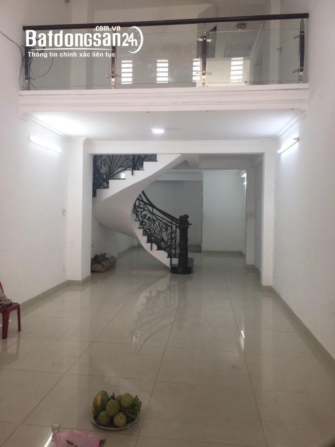 Cho thuê nhà Đường Nguyễn Thị Thập, 4.5x20m, 50 triệu.