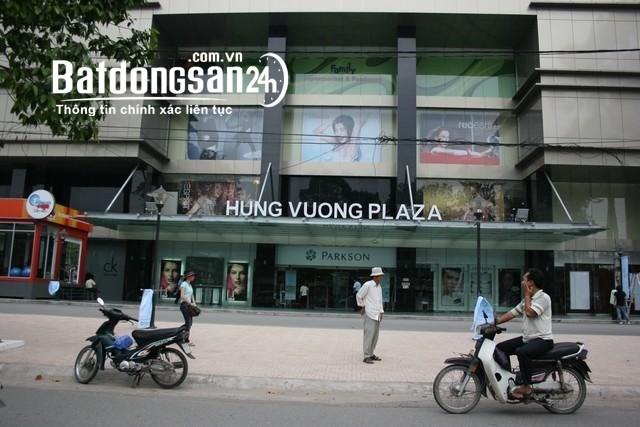 Cho thuê căn hộ Hùng Vương Plaza, DT 130m2, 3PN, 3WC, nhà nội thất cơ bản