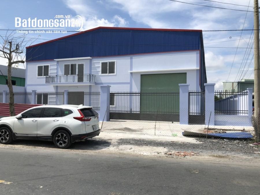 Cho thuê kho xưởng 550m2 có sân rộng tại DT 826, huyện Cần Đước, tỉnh Long An