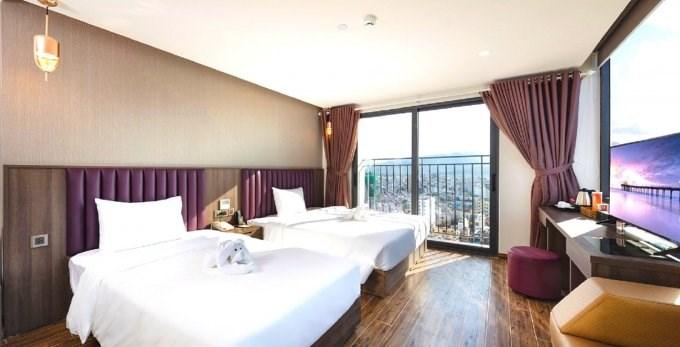 Cho thuê gấp khách sạn Bãi Sau TP Vũng Tàu 380tr/tháng: