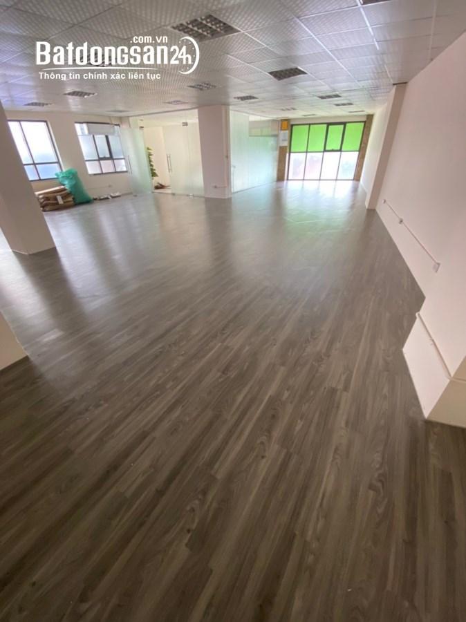 Cho thuê 1 sàn duy nhất, DT 220m2 thông sàn, giá siêu rẻ trong KV Nam Từ Liêm