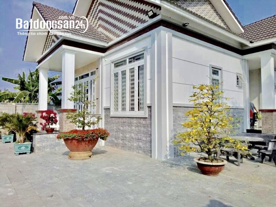Bán Biệt Thự Sân Vườn 1350m2, Xã Thạnh Phú, Vĩnh Cửu, Đồng Nai