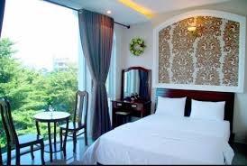 Cho thuê khách sạn 1 hầm 6 lầu có tất cả 24 phòng đường Phan chu trinh