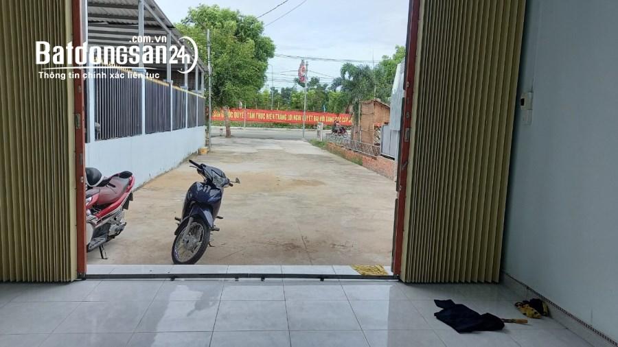 Cho thuê Nhà+Đất Mặt Tiền Quốc Lộ 50 để KD với dt 500 m2