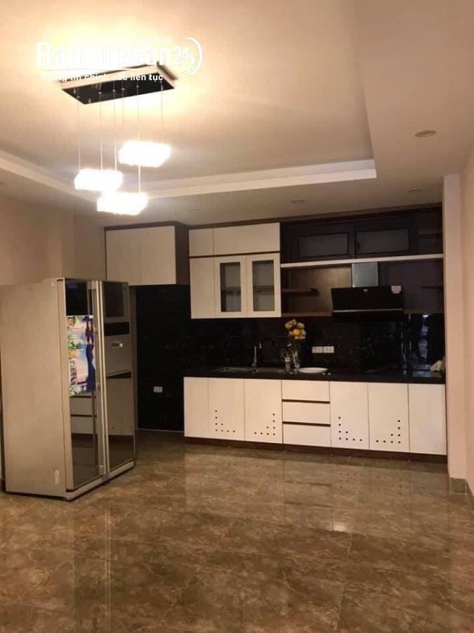 Bán NHÀ PHỐ quận Cầu Giấy, 90m2 x 8 tầng, MT 7.5, KINH DOANH Văn Phòng.