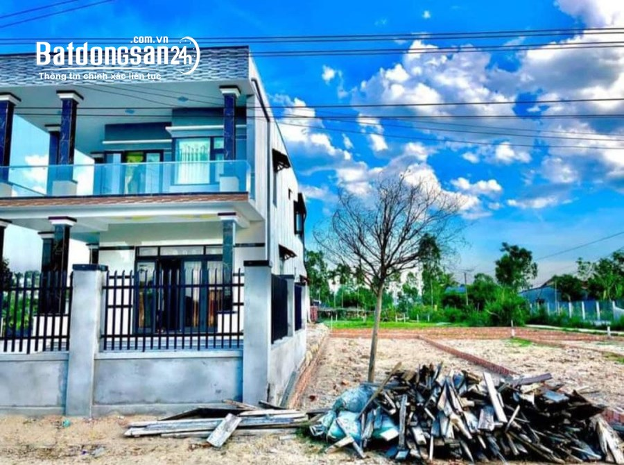 Bán Đất Vị trí trung tâm đắc địa giáp phía nam Đà Nẵng.