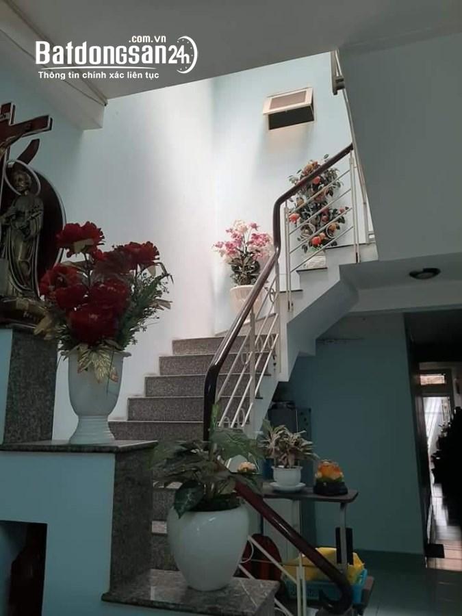 Bán Nhà Q10 , 80m2 , Gần CC Hà Đô , Đường 2 Xe Tải Tránh Nhau , Giá Rẻ