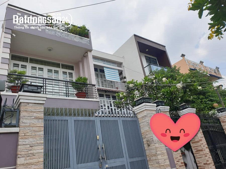 Biệt thự đẳng cấp 210m2 HXH-Trần Xuân Soạn-Quận 7- 3 tầng -Tặng nội thất 16,3 tỷ