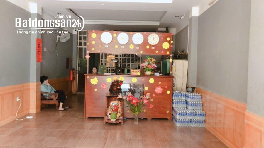 Bán khách sạn 1 trệt 4 lầu gần siêu thị BigC Go!! Đông Hòa, Dĩ An giá 13 tỷ