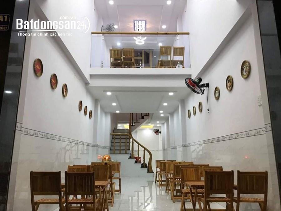 Sang lại nhà hàng mặt tiền đường Nguyễn Trường Tộ ngay khu Bãi Trước, P.1