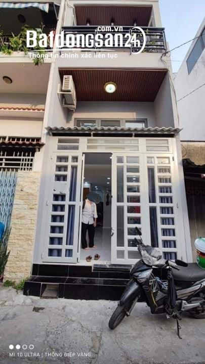 Nhà Bán-Hẻm Xe Hơi-103m2 -3 Tầng.10 Phòng Trọ-CLViên.Tân Phú-Chỉ 6.6 tỷ