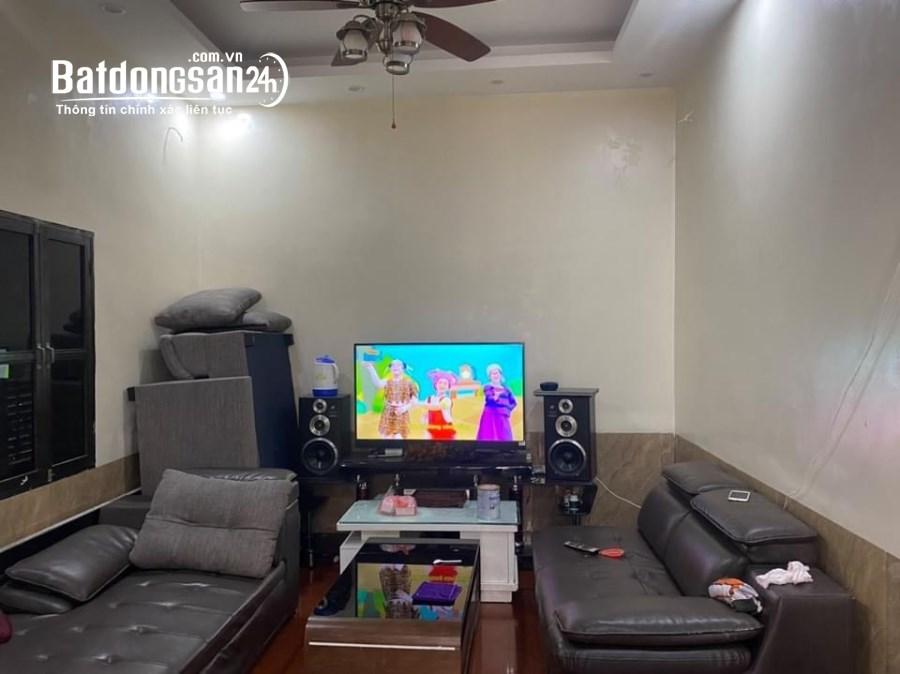 Cho thuê nhà Đường Ô Cách, Phường Việt Hưng, Quận Long Biên