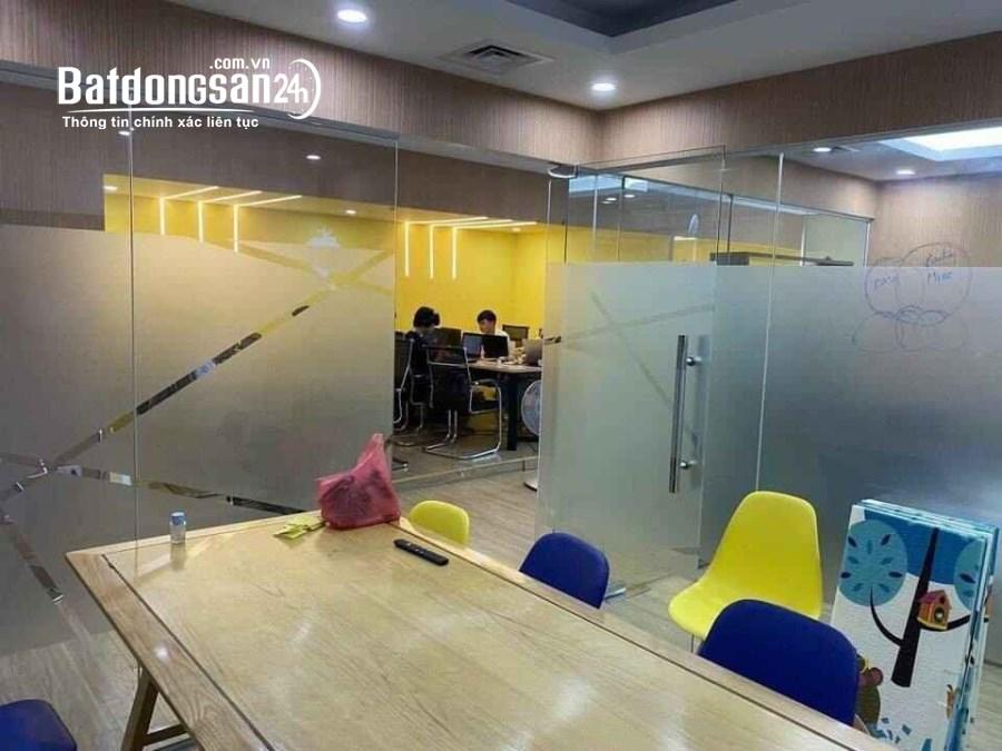 Cho thuê văn phòng Trường Chinh - Ngã Tư Sở 120m nội thất cơ bản văn phòng